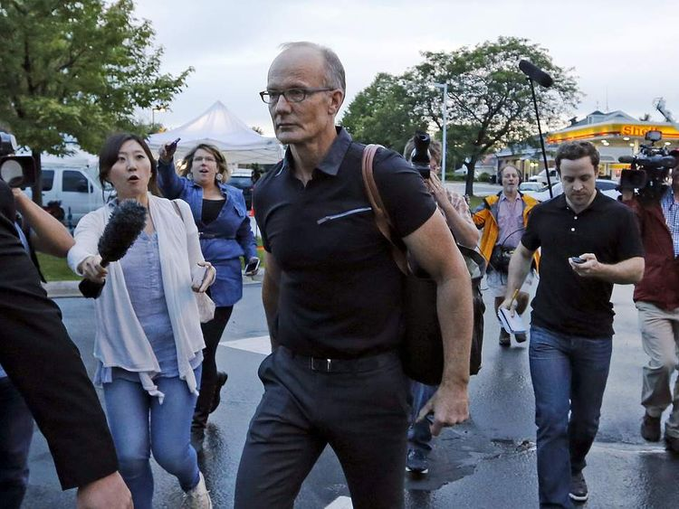Walter Palmer arrives at the River Bluff Dental clinic in Bloomington