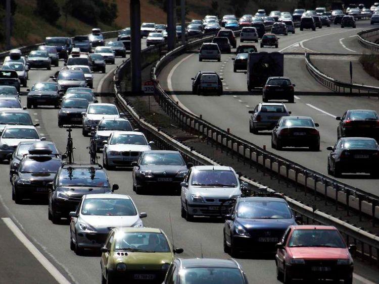 Vehicles are stuck in a seasonal traffic jam in Niort