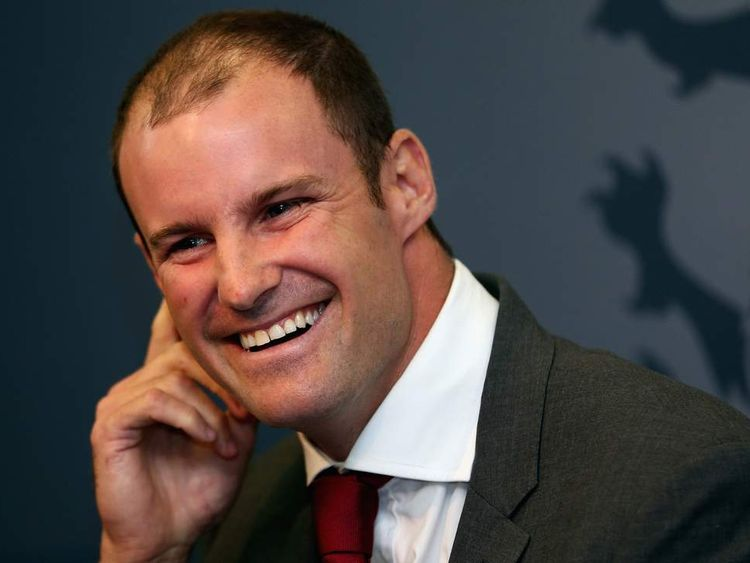 Andrew Strauss smiling as he resigns