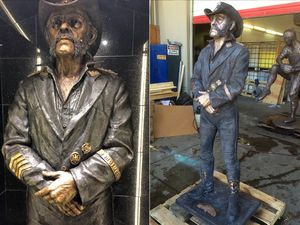 Statue Of Motorhead's Lemmy Unveiled At His Favourite Bar In Los Angeles