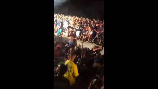 Railing Collapses At Wiz Khalifa And Snoop Dogg Concert, 42 Injured