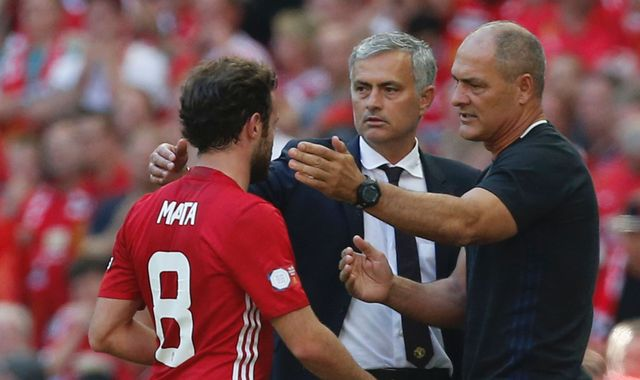 Mata Expected To Stay At Manchester United