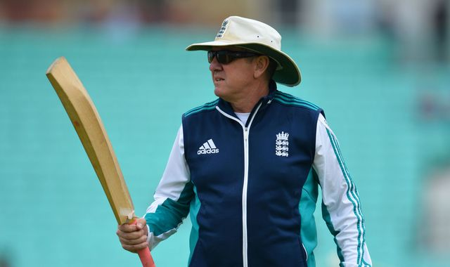 Bayliss hails England's conquering bowlers