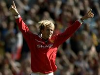 David Beckham scores against Leicester in the Premiership in 1998