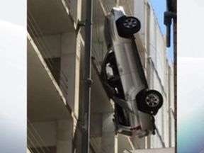 The dangling vehicle