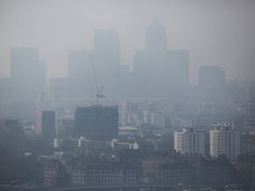 """Campaigners want """"clean air zones"""" in pollution hot spots in the UK"""