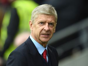 Wenger open to managing England 'one day'