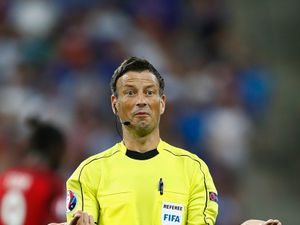 Mark Clattenburg quits Premier League to referee in Saudi Arabia
