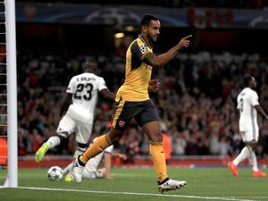 Walcott brace means easy win for Arsenal