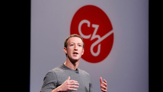 """Mark Zuckerberg announces the Chan Zuckerberg Initiative to """"cure, prevent or manage all disease"""" by the end of the century during a news conference at UCSF Mission Bay in San Francisco, California, U.S. September 21, 2016. REUTERS/Beck Diefenbach"""