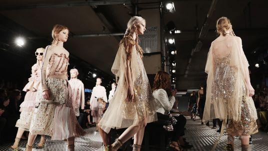 Models walk the runway at the N21 show