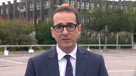 Owen Smith has warned of Labour 'retreating to the fringes of British politics' under Jeremy Corbyn