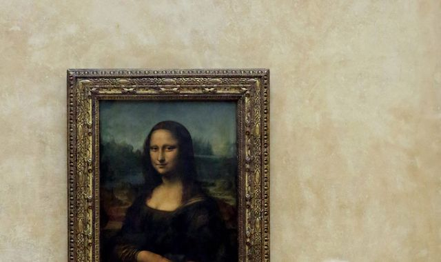 Man goes to court over right to 'Mona Lisa' passport smile