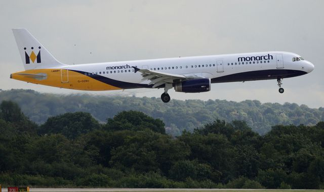 Monarch Airlines handed reprieve to fly package holidays
