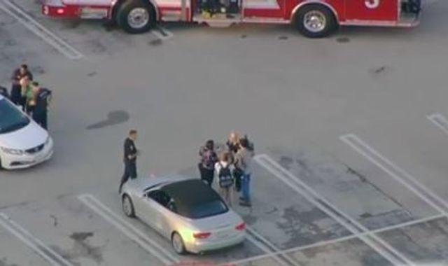 Six hurt in Houston shopping centre shooting as suspect killed