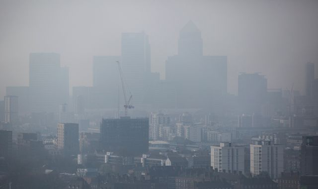 Air pollution kills 16,000 Britons a year, says WHO