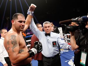 Molina hopes to be handed shot at Joshua