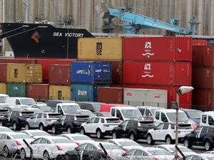 'Limited evidence' of pound link to export record - ONS