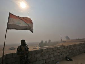 Apocalyptic scenes in battle against IS for Mosul in Iraq