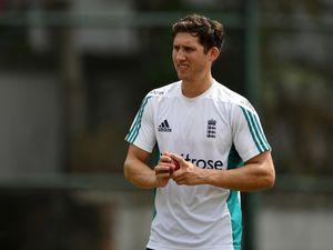 Surrey's Ansari to make England Test debut