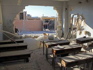 School airstrikes in Syria 'could be war crime', UNICEF says