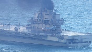A Russian aircraft carrier in the English Channel