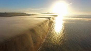 James Loverage Photography captures rolling fog in Dorset coastline