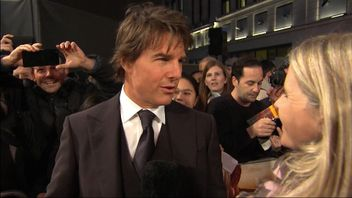 Tom Cruise at Jack Reacher premiere in London