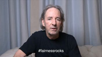 Harry Shearer is suing two film companies over Spinal Tap royalties