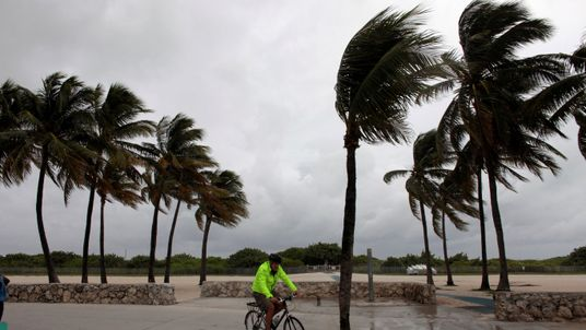 Hurricane Matthew Set to Hit Florida on Thursday