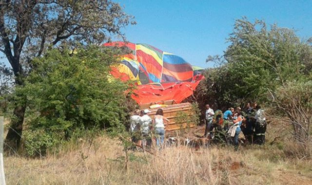 British mother dies in 'freak' hot air balloon crash in South Africa