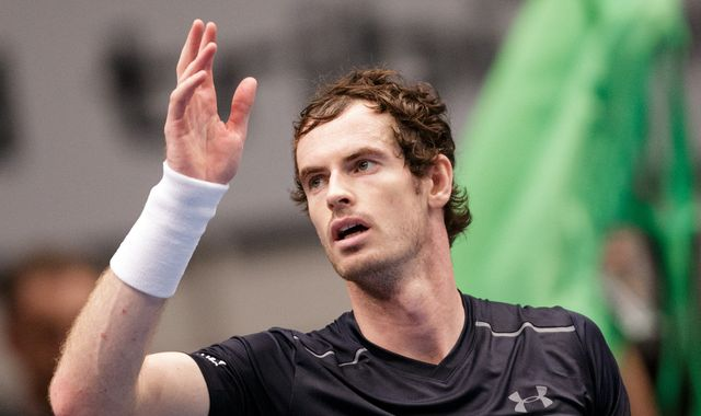Murray outlasts Simon in Vienna marathon