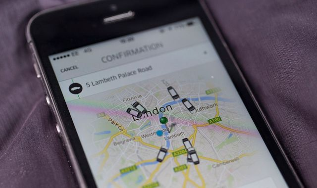 Uber drivers should get holiday pay and minimum wage, tribunal rules