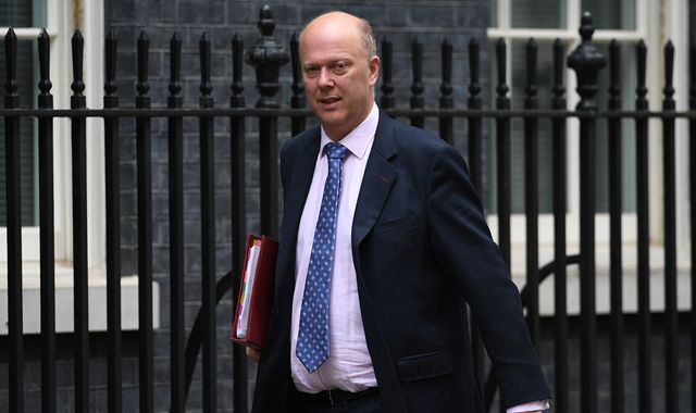 Senior Tory Bob Neill calls for Chris Grayling to quit