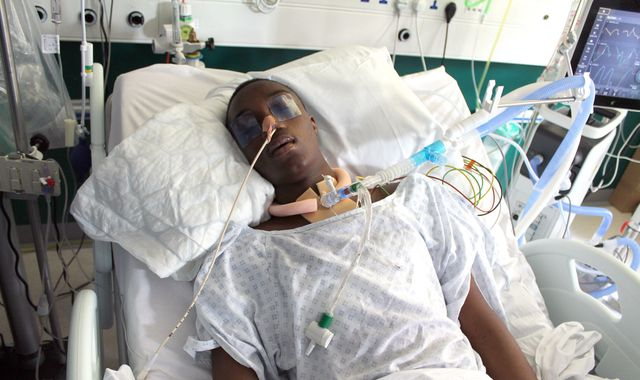 Mother of teen injured in Clapham stabbing appeals for witnesses