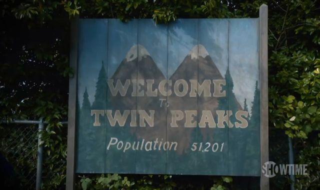 Twin Peaks fans get a behind-the-scenes look