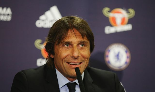 Conte: Chelsea still hung over from last season
