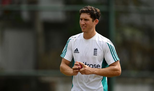 Surrey's Ansari to make England Test debut