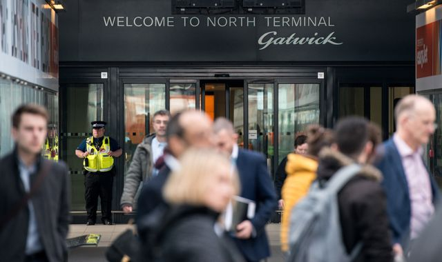 Gatwick fires last-ditch warning over Heathrow expansion 'risks'