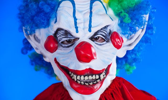 Clown craze shows no signs of letting up