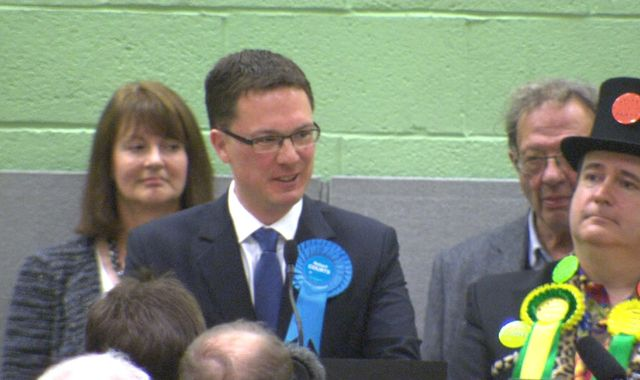 Conservatives hold Cameron's old seat in Witney by-election