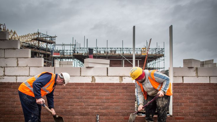 BIDEFORD, ENGLAND - FEBRUARY 19: New houses are constructed on a residential housing development in Bideford on February 19, 2015 in Devon, England. The issues affecting the housing market, along with National Health Service and the economy are likely to be key elections issues in the forthcoming general election in May. (Photo by Matt Cardy/Getty Images)