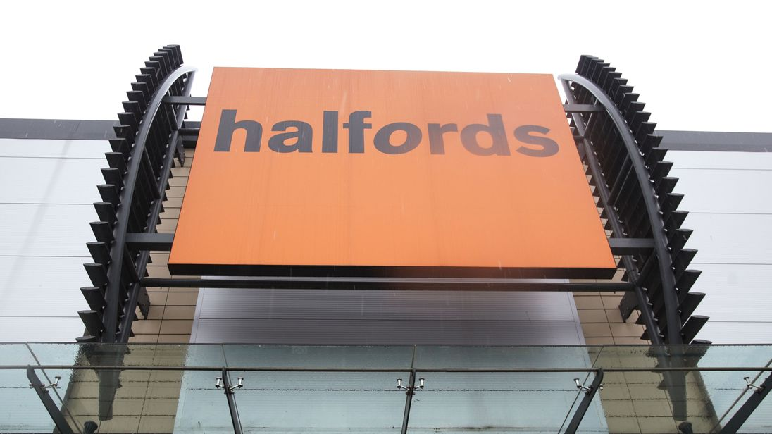Halfords' profits hit by fall in sterling