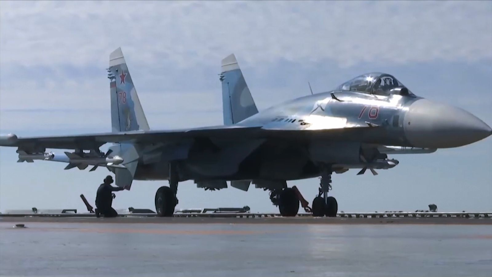 Russian aircraft carrier Admiral Kuznetsov launches planes over Syria