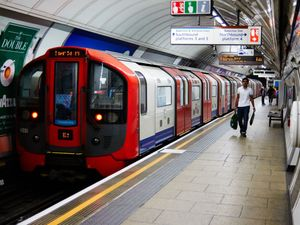 Tube drivers suspend planned 24-hour strike
