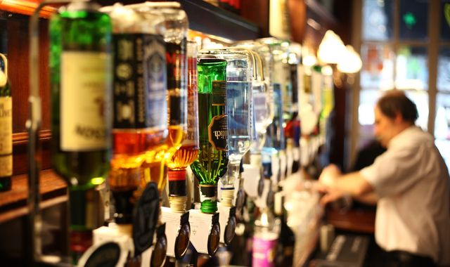 Minimum alcohol price 'would improve UK health', says Public Health England