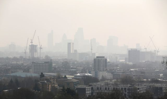 Pollution study: Tens of thousands of children breathing in toxic air