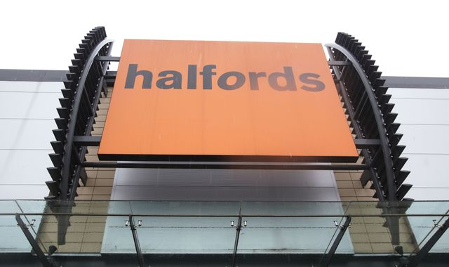 Halfords to peddle mobile tyre-fitting in £8m investment