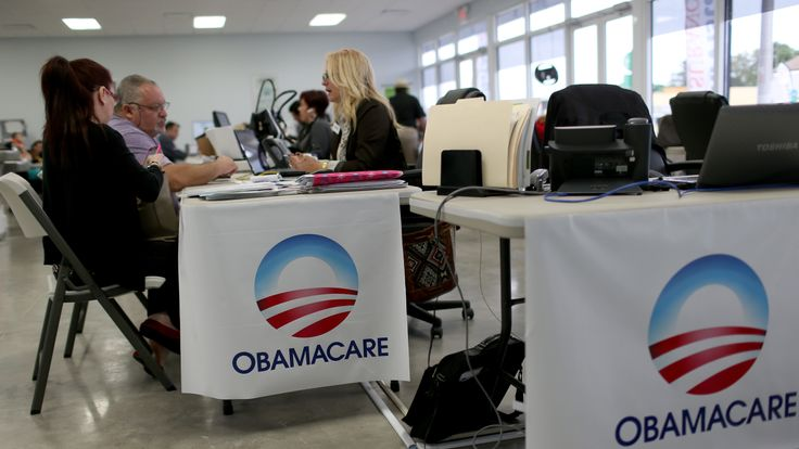 People signing up for Obamacare