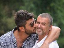 Fadi Fawaz with George Michael (pic: Twitter @fadifawaz)